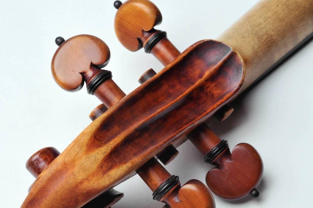 Stolen Stradivari violen
