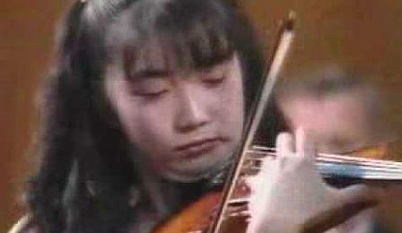 Akiko Suwanai Tchaikovsky Competition Cover