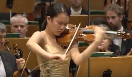 Ayana Tsuji Sibelius Violin Concerto Hannover Cover