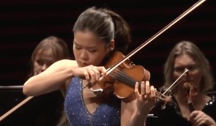 Esther Yoo Sibelius Violin Concerto Osmo Vanska Iceland