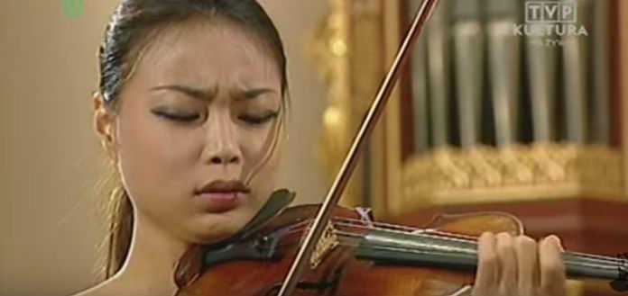SoYoung Yoon Wienaiwski Violin Concerto