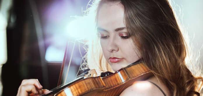 Alexandra Conunova Violinist