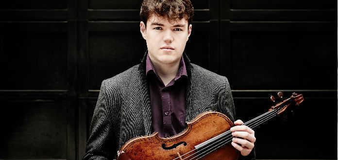 VC WEB BLOG | Youtube Sensation - The Shirtless Violinist
