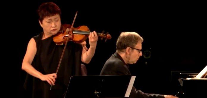 Kyung-Wha Chung - Lawrence Foster Saint-Saëns Violin Concerto No.3 Vieuxtemps Violin Concerto No.5