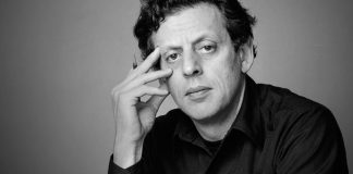 Philip Glass' Violin Concerto