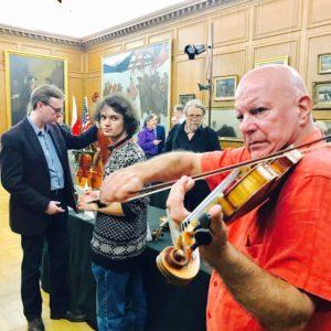 2017 Contemporary Violin Makers Exhibition - with violinistElmar Oliveira