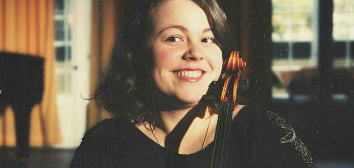 Karolina Errera Viola Cover