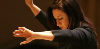 Simone Young Conductor