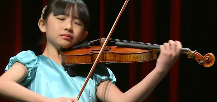 Chloe Chau Violinist Cover