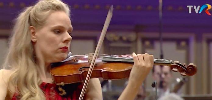 NEW TO YOUTUBE | Simone Lamsma – Saint-Saëns Violin Concerto